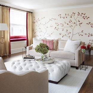 На фото: парадная, изолированная гостиная комната среднего размера в классическом стиле с бежевыми стенами, темным паркетным полом и коричневым полом без камина с