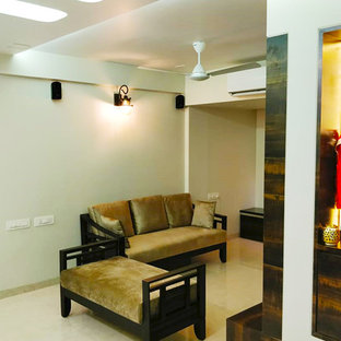 Example of a minimalist living room design in Mumbai