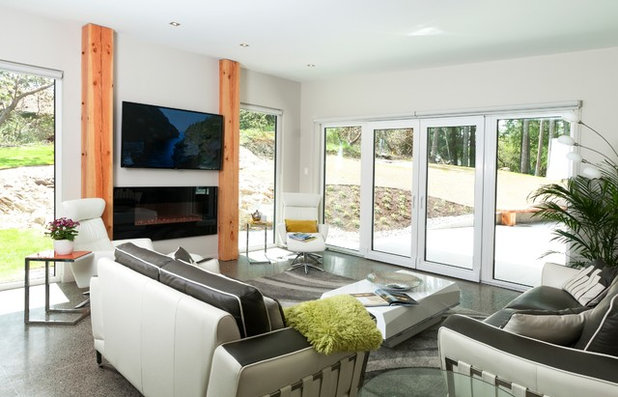 Contemporary Living Room by NZ Builders Ltd