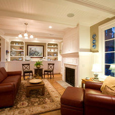 Traditional Living Room by Designer's Edge Kitchen & Bath