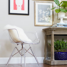 Transitional Living Room by Leslie Harris-Keane Interior Design