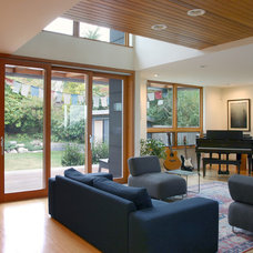 Contemporary Living Room by Neiman Taber Architects