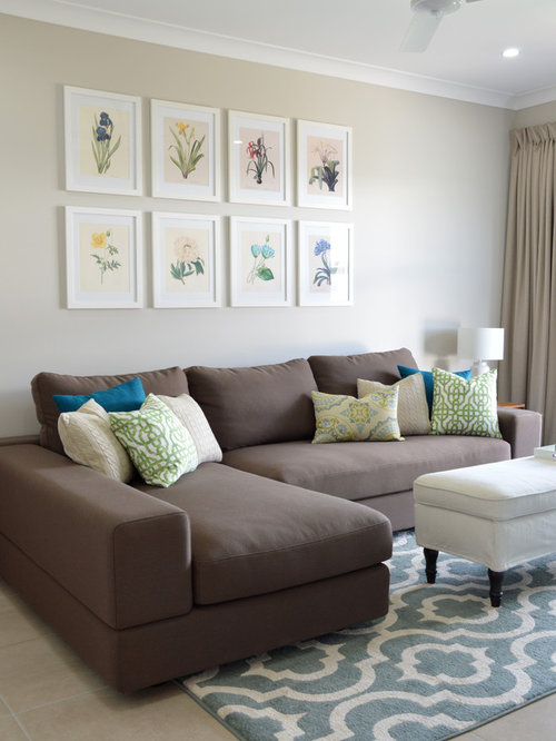 Transitional living room design ideas remodels photos for Houzz small living rooms