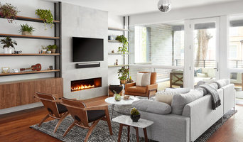 Warm Retro Duplex in Logan Square