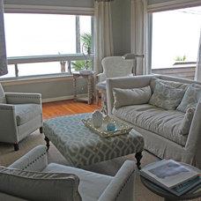 Modern Living Room by Tammara Stroud Design