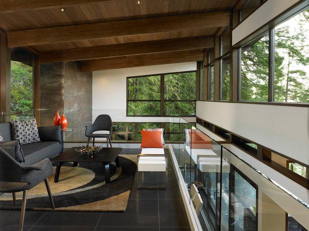 Contemporary Living Room by SGDI - Sarah Gallop Design Inc.