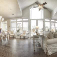 Traditional Living Room by CUSTOMIZED CONSTRUCTION INC