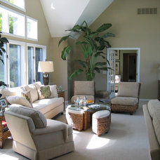 Traditional Living Room by Libby Langdon Interiors, Inc.