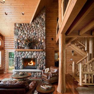 Waupaca Chain Round Lake Log Home