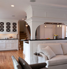 traditional living room by Dalia Kitchen Design