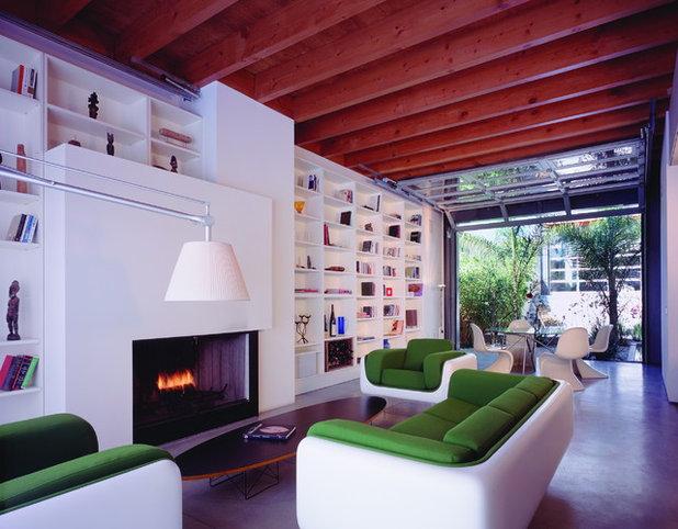 Modern Living Room by Ehrlich Yanai Rhee Chaney Architects