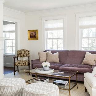 ボストンのトランジショナルスタイルのおしゃれなリビング (白い壁、標準型暖炉、レンガの暖炉まわり、テレビなし、ベージュの床) の写真