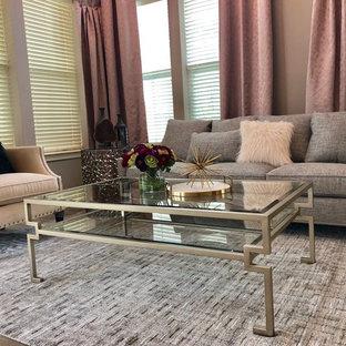 Ispirazione per un soggiorno tradizionale con pareti viola, pavimento in gres porcellanato e pavimento marrone