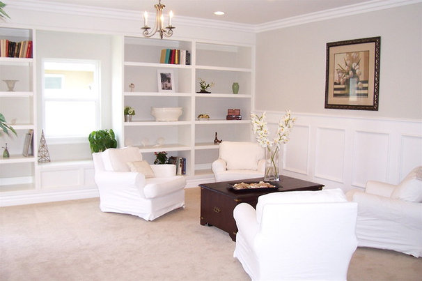 Traditional Living Room by Carolyn Wesling