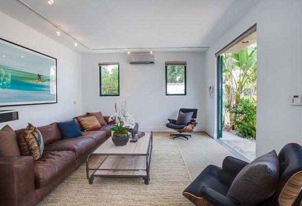 Coastal Living Room by Luke Gibson Photography