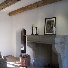Mediterranean Living Room by David Henig, Architect
