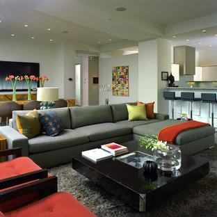 Immagine di un soggiorno minimal aperto
