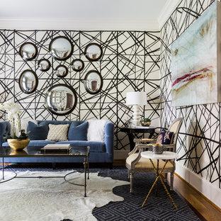 Idee per un soggiorno bohémian di medie dimensioni e chiuso con pareti multicolore, nessun camino, moquette e pavimento blu