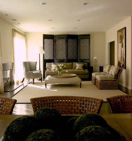 Traditional Living Room by BHSDesign