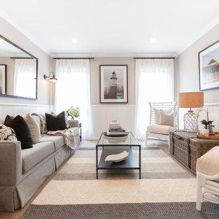 Inspiration för mellanstora maritima separata vardagsrum, med ett finrum, beige väggar, heltäckningsmatta och beiget golv