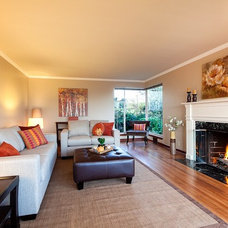 Contemporary Living Room by Seattle Staged to Sell and Design LLC