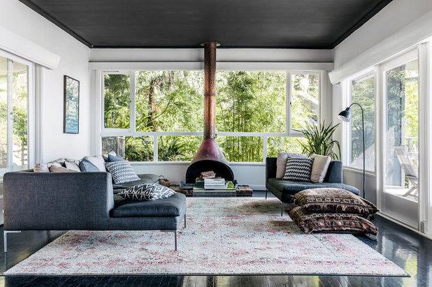 Contemporary Living Room by TM Design Studio