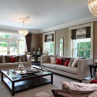 Photo of a traditional living room in Berkshire.