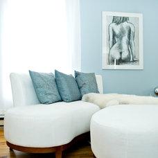 Eclectic Living Room White Living Room Abadin B&B