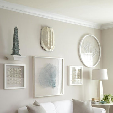 White Room with Sea Inspired Accents