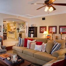 Living Room by Marrokal Design & Remodeling