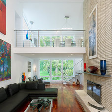 Contemporary Living Room by CARNEMARK