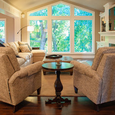 Living Room by DEICHMAN CONSTRUCTION