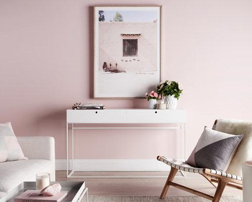 Skandinavische Wohnzimmer mit rosa Wandfarbe Ideen, Design & Bilder ...