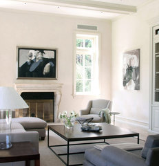 traditional family room by Studio William Hefner