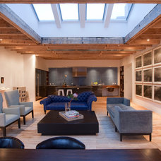 Contemporary Living Room by Glickman Schlesinger Architects