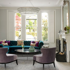 Transitional Living Room by LEIVARS