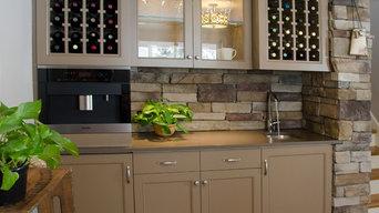Wine Bar and Sitting Room