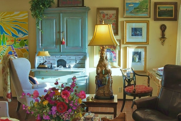 Eclectic Living Room by Becky Dietrich, Interior Designer