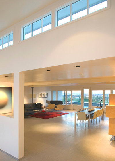 Modern Living Room by Ibarra Rosano Design Architects