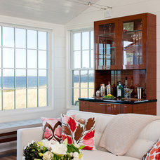 Beach Style Living Room by Woodmeister Master Builders