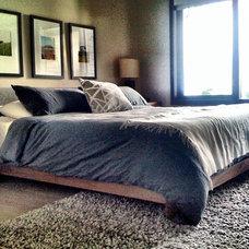 Contemporary Living Room by Gaile Guevara