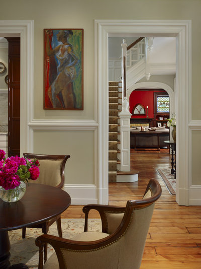 Traditional Living Room by Hanson Fine Building