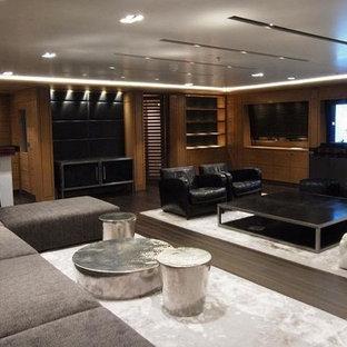 Small minimalist living room photo in Miami