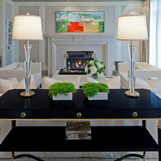 Contemporary Living Room by Taylor Hannah Architect Inc