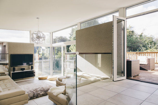 Contemporary Family Room by Paul McAlister Architects