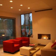 Modern Living Room Zis Residence