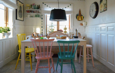 Houzz Tour: A Swedish Farmhouse With a Pastel Take on Christmas