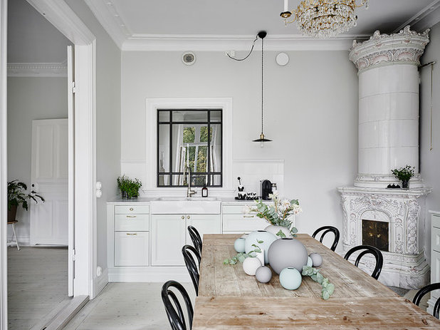 Traditional Dining Room by Anders Bergstedt Photography