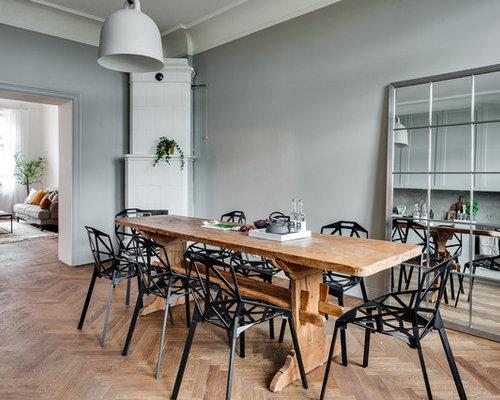 Matplats matplats grå : Foton och inspiration för matplatser, med mellanmörkt trägolv och ...