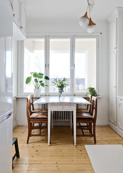 Farmhouse Dining Room by coloredhome